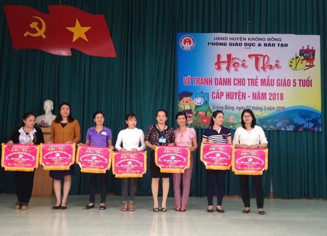 Phòng Giáo dục – Đào tạo huyện Krông Bông tổ chức Hội thi vẽ tranh dành cho trẻ mẫu giáo 5 tuổi cấp huyện năm 2018
